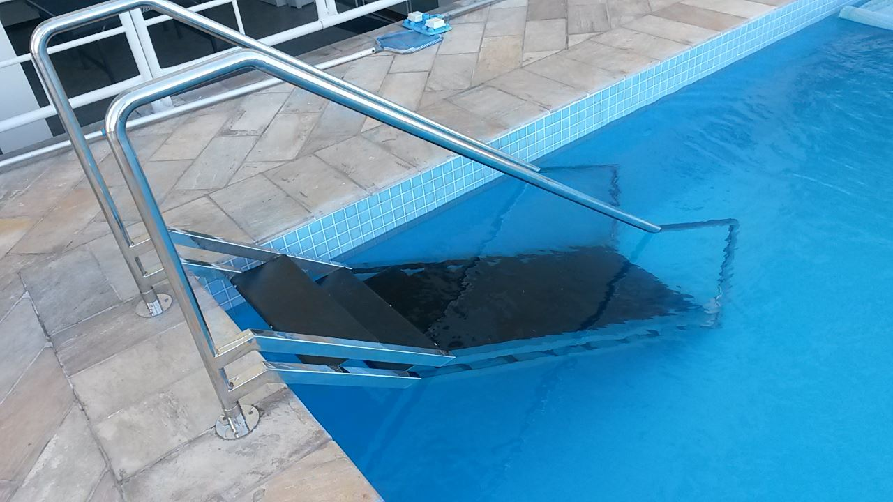 Inolux solu es em a o inox balne rio cambori santa for Fabricar piscina